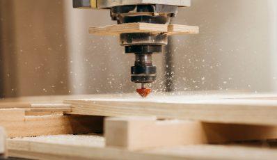 So wählen Sie einen Holzfräser